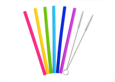 China Eco Friendly Folding Silicone Reusable Drinking Straws With Cleaning Brushes distributor
