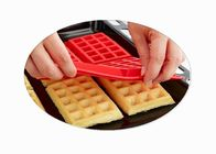 Kitchen Rectangle Silicone Baking Molds / Silicone Waffle Mould Bakeware Cooking Tools